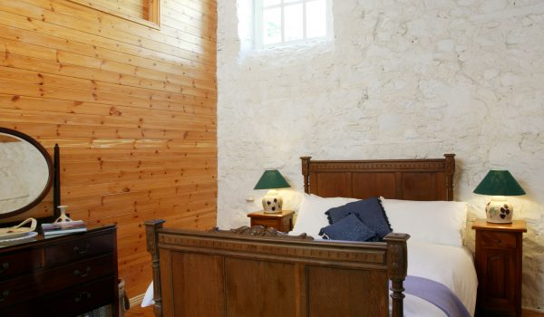 Bramley Apple Cottage Bedroom