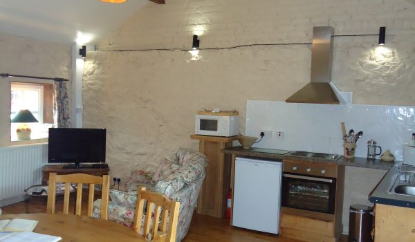 Bramley Apple Cottage Kitchen & Living Room